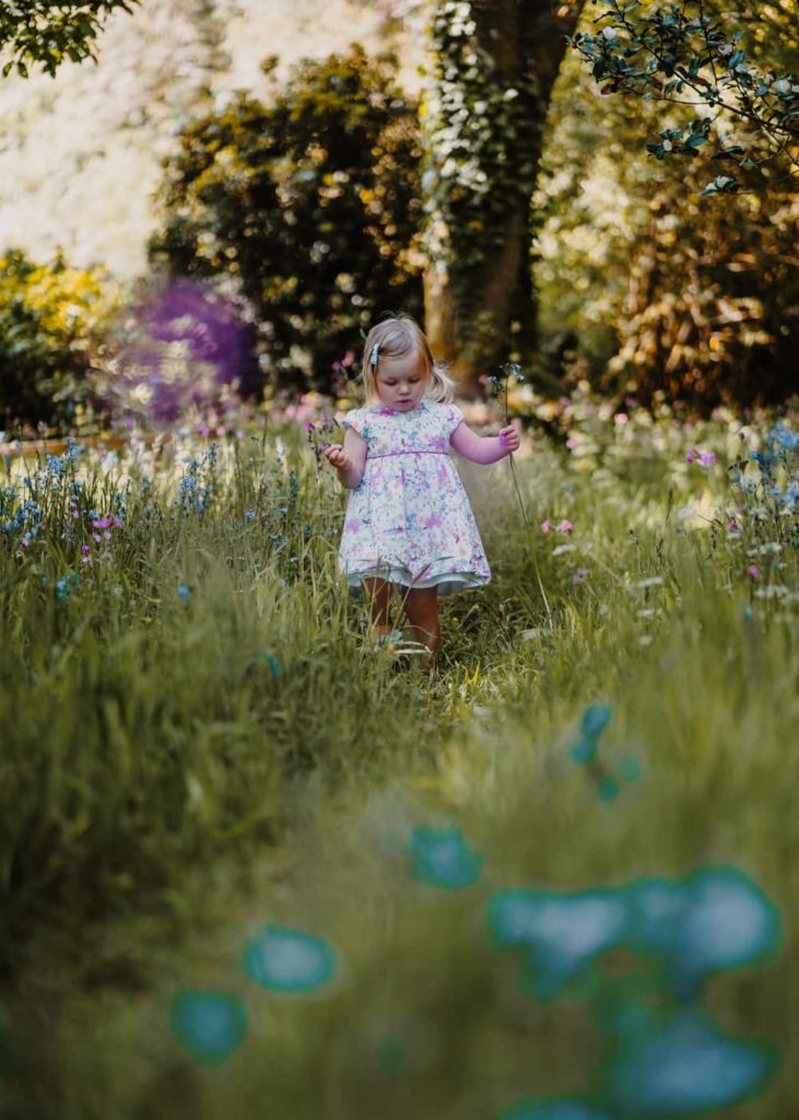 Outdoor Flowers Family Photographer in Summer - Perfect Story Photography
