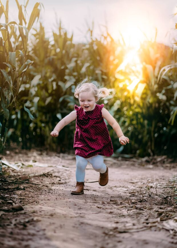 Outdoors Family Photographer - Perfect Story Photography