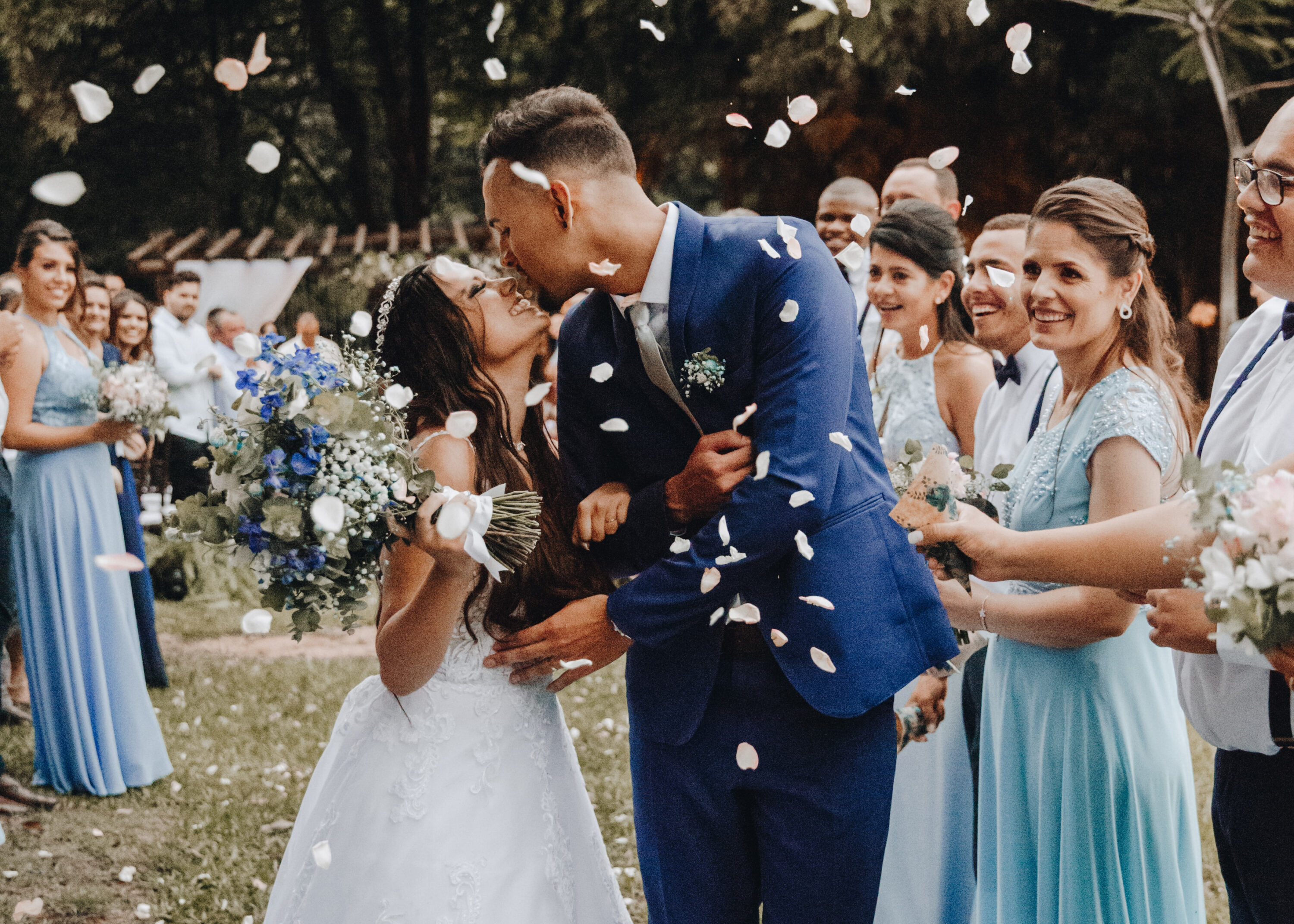 Outdoor Wedding Photographer - Perfect Story Photography