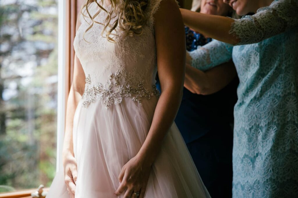 Getting Ready Wedding Photographer - Perfect Story Photography