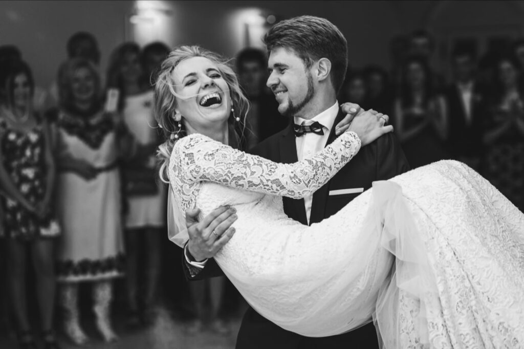Black and white photo of wedding couple dancing - Plymouth Wedding Photographer - Perfect Story Photography